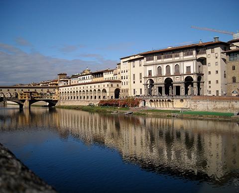 Arno Ponte Vecchio Uffizi Florence