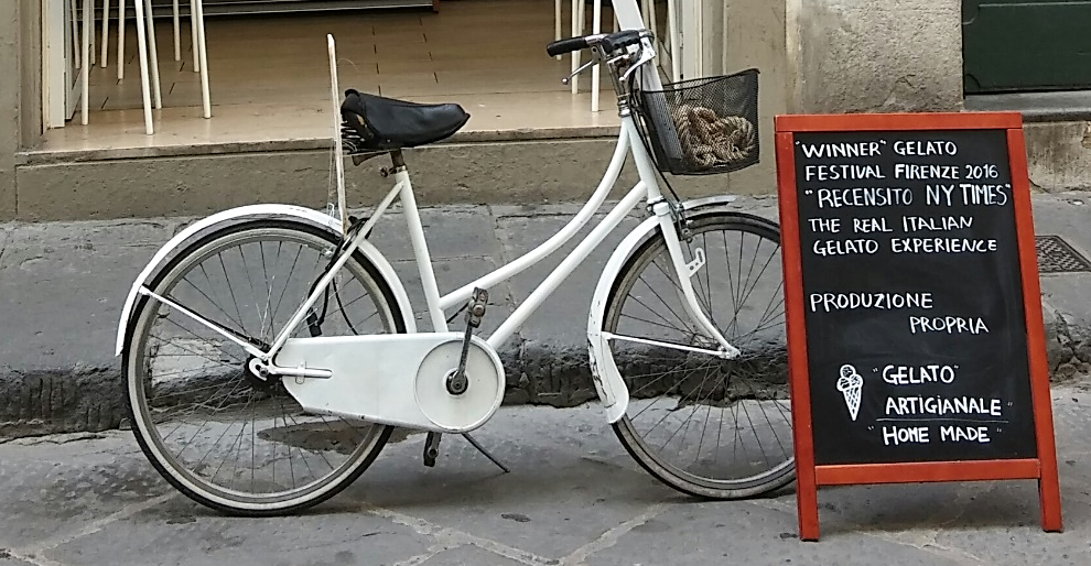Bicycle outside My Sugar Gelato Florence